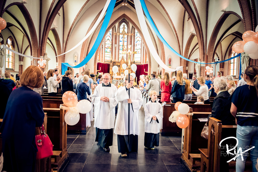 interieur kerk 1e communie aalst