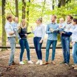 familiefotografie familie buiten natuur fotograaf Valkenswaard