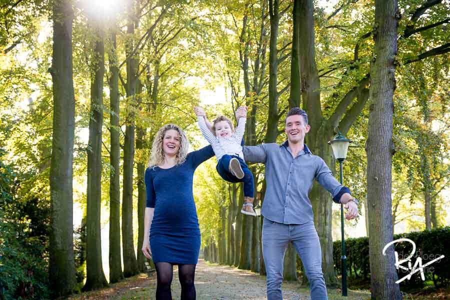 foto zwanger fotograaf natuur eindhoven speels