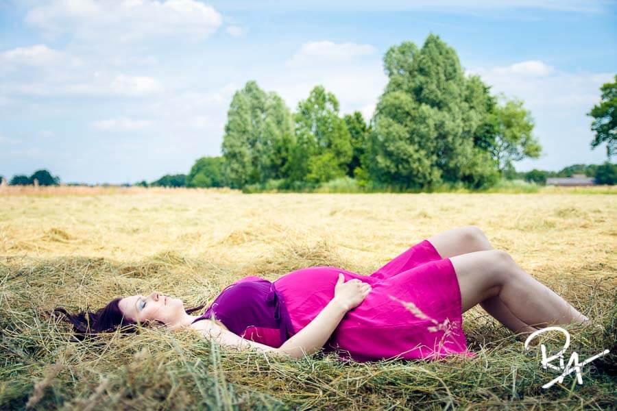 fotograaf zwangerschap waalre gezocht natuur buiten