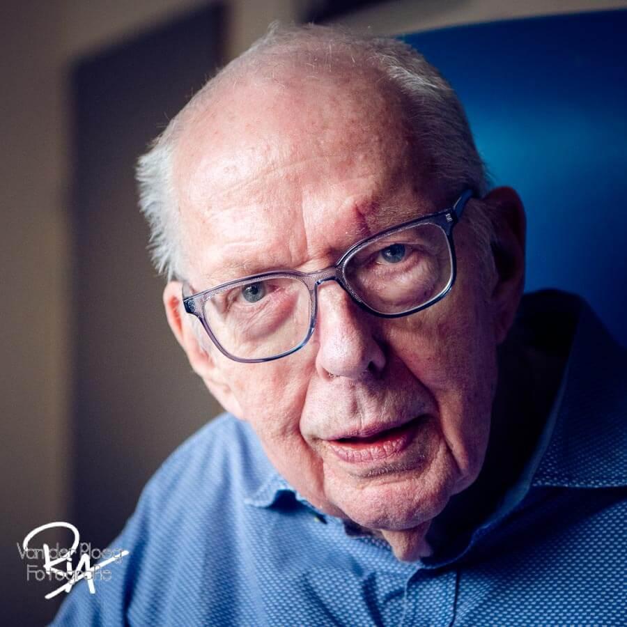 Portret oude man fotograaf Ria Ploeg Valkenswaard
