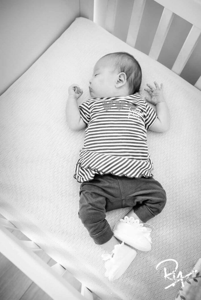 fotografie newborn meisje thuis box Valkenswaard Veldhoven