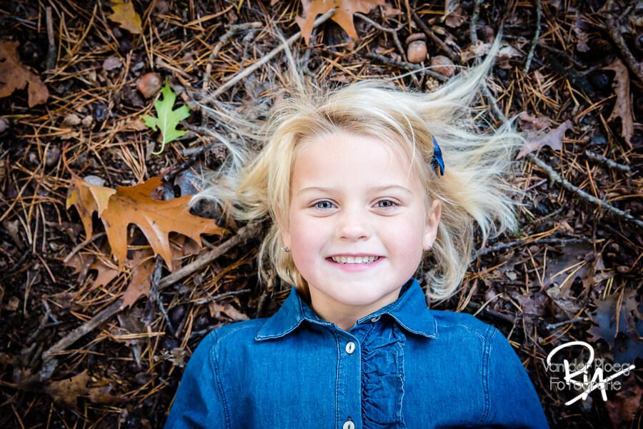 Kinderfotograaf natuur Eindhoven fotograaf kinderen buiten