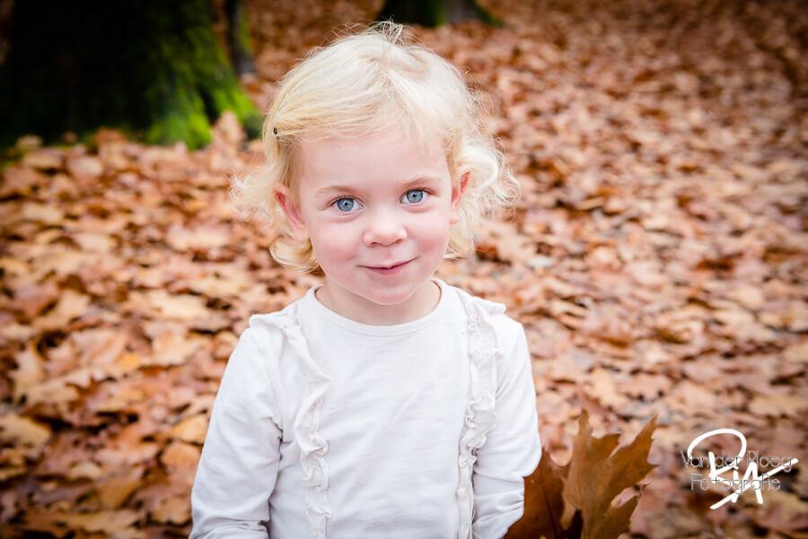 fotoshoot natuur buiten kinderen fotograaf Ria Ploeg Waalre